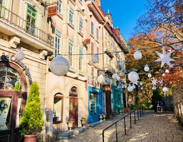 星の王子さまと導きのダイス「フランス風街並みの再現」の写真