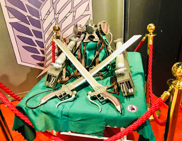 5つの巨人からの脱出「調査兵団の装備の展示物」の写真